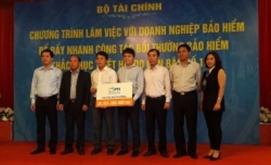 PTI tạm ứng chi trả bồi thường cho DN tổn thất tại Bình Định