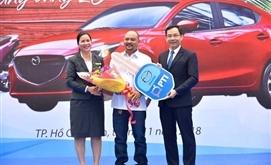 """PTI trao thưởng ô tô Mazda cho khách hàng chương trình """"Vững tin tay lái - vững vàng 20"""""""