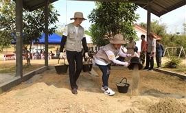 PTI và Lanexang trao tặng phòng học cho trường tiểu học tại Lào
