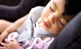 7 lưu ý khi đưa trẻ đi máy bay