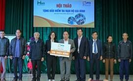 PTI trao tặng 1500 suất bảo hiểm cho người dân Hà Tĩnh