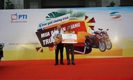 PTI trao thưởng xe máy SH cho khách hàng