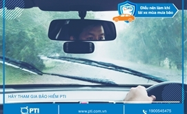 Những điều nên làm khi lái xe ô tô mùa mưa bão