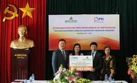 PTI bàn giao phòng học Tiếng Anh đa năng và trao tặng thiết bị giảng dạy tại Ninh Bình