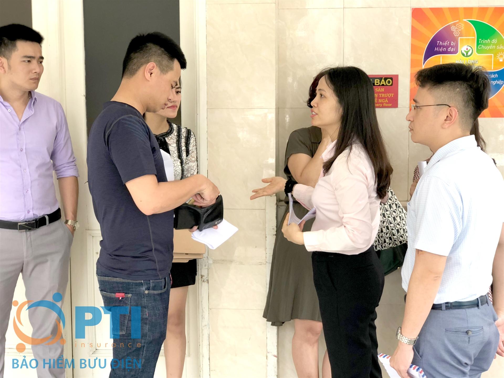 Bà Lưu Phương Lan - PTGĐ PTI chia sẻ những khó khăn với gia đình hành khách